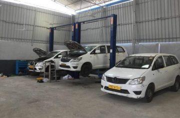 مکانیکی و تعمیرگاه اتومبیل