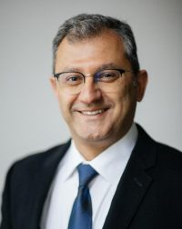 دندانپزشک عمومی – دکتر Shahdad AYOUGH